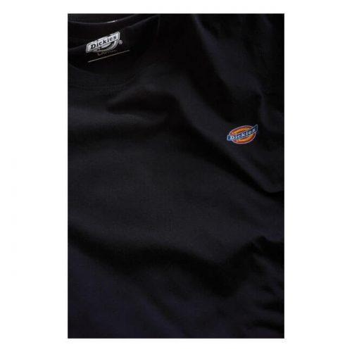 Camiseta de la marca Dickies fabricada en algodón 100x100 con logo pequeño en el pecho izquierdo y etiqueta tipo clip con logo de la marca en el dobladillo negra